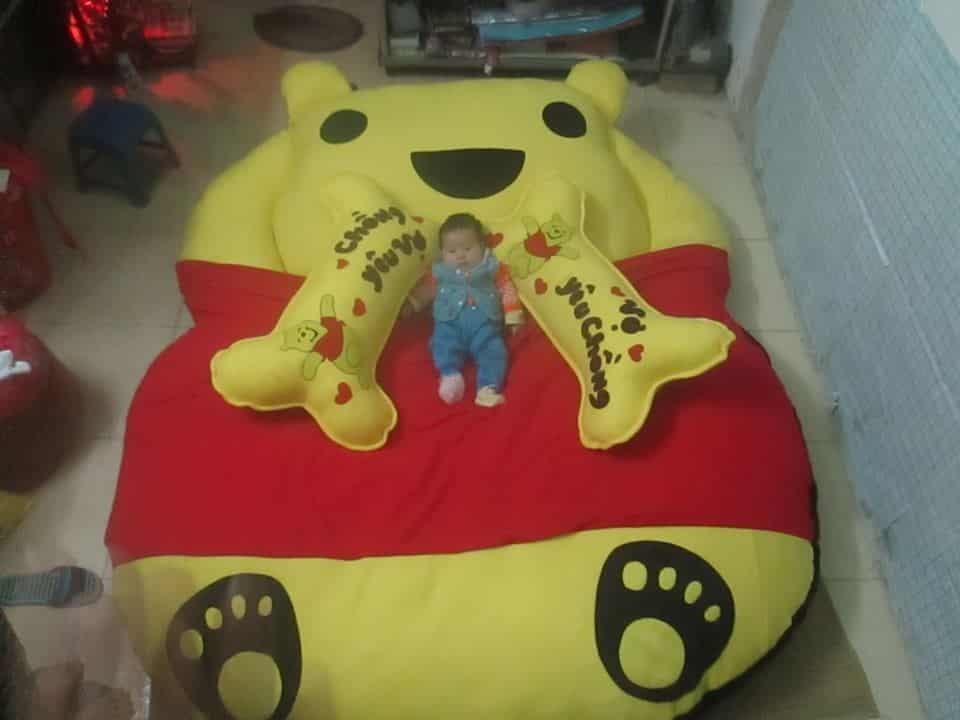 Nệm thú bông hình gấu Pooh (trẻ em)
