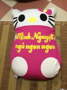 nệm thú bông Hello Kitty cho bé 1