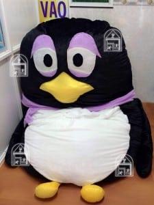 nệm hình thú bông chim cánh cụt
