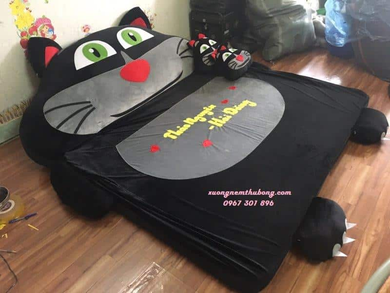 Đệm thú bông Babykid mèo đen Tom (3)