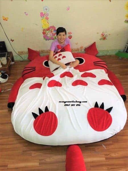 Đệm thú bông cao cấp Totoro đỏ NTB029 (3)