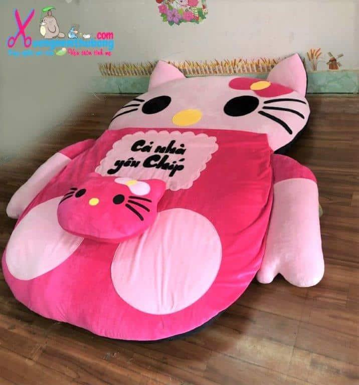 Nệm thú nhồi bông hình Hello Kitty (2)